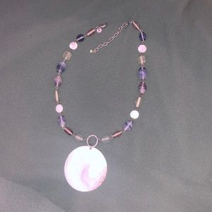 Beaded necklace with shell pendant adjustable